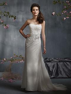 model rochie de mireasa eleganta