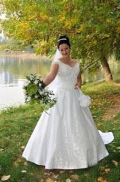 rochie de mireasa plinuta 2012