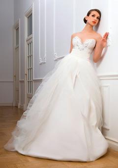 rochie princess cu diamante