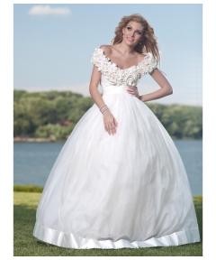 model empire rochie de mireasa