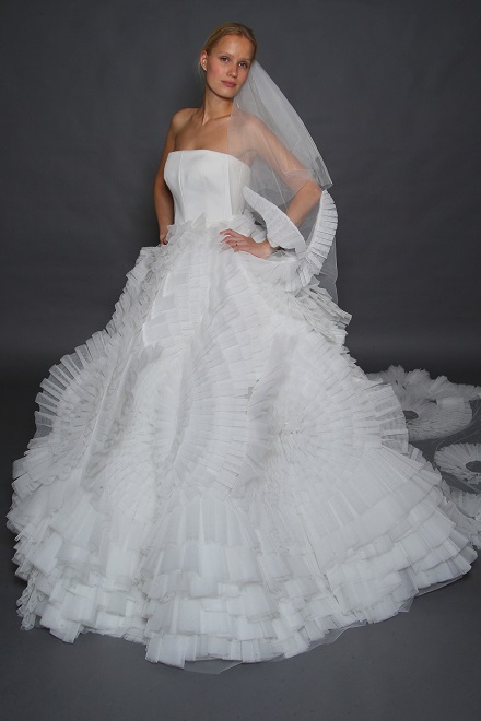 rochie cu voal