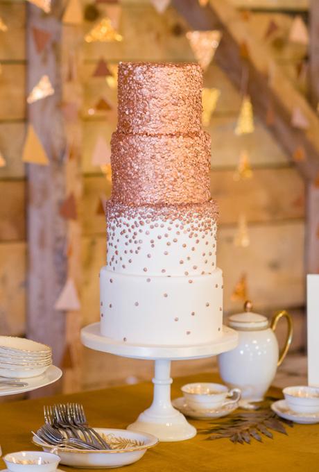 Tort de nunta cu sclipici