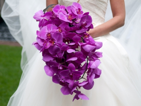 Buchet mireasa orhidee mov