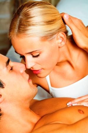 Poza cuplu romantic momente tandre