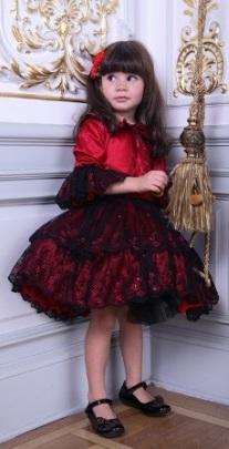 Poza rochita de nunta pentru domnisoare, rosie cu dantela neagra