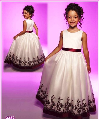 Poza cu rochita fetite, pentru nunta, Venus Bridal