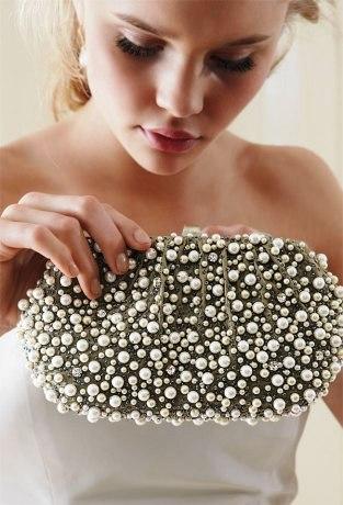 Poza geanta de mireasa cu perle Santi