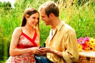 poza cuplu in parc cerere in casatorie