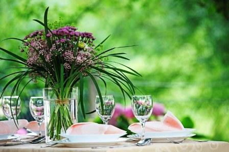 poza aranjament floral la nunta