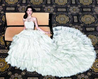 Cele mai scumpe rochii de mireasa din lume: rochia cu diamant verde