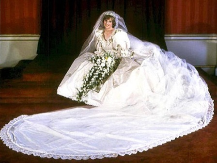 Cele mai scumpe rochii de mireasa din lume: rochia Printesei Diana