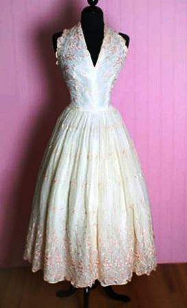 Cele mai scumpe rochii de mireasa din lume: rochia cu 1000 de perle