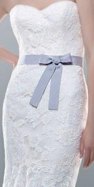 poza rochie de mireasa detaliu