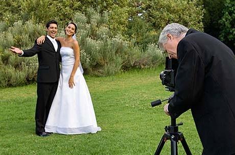 cuplu de tineri casatoriti