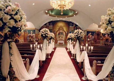 biserica decorata pentru nunta