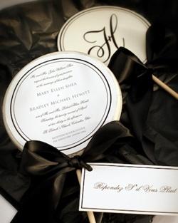 invitatii de nunta in forma de acadele