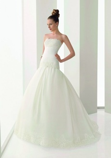 rochie de mireasa cu corset