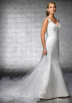 rochie de mireasa cu decolteu oval