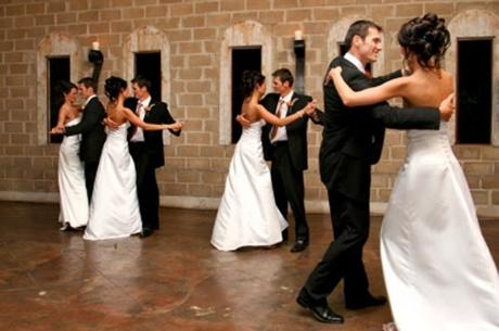 cupluri care iau cursuri de dans