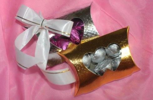Cutiuta cu bomboane marturii de nunta