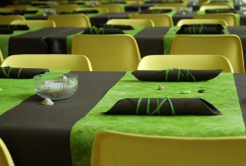 Aranjament masa verde nunta