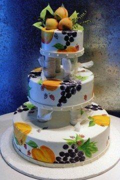 Tort de nunta cu fructe de toamna