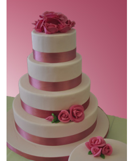 Model tort de nunta 1 - Cofetaria Andalusia