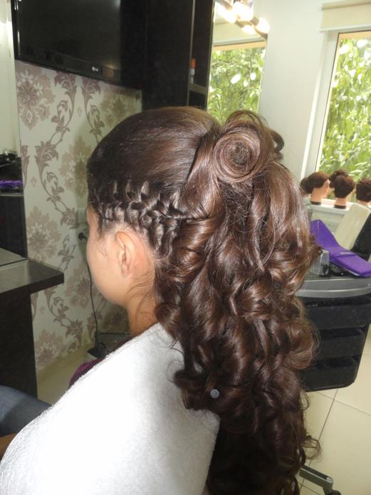 Coafura mireasa salon 2013 1