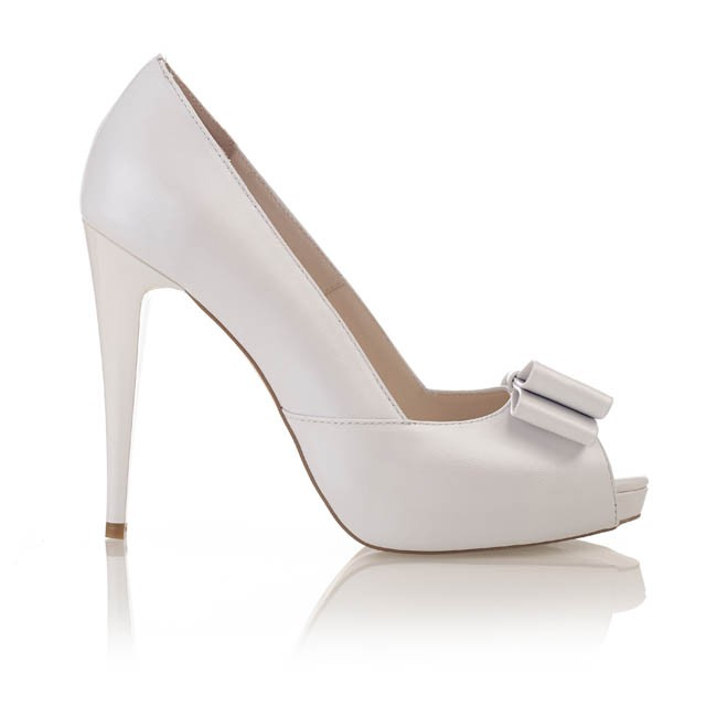 Pantofi din piele alba sidef cu funda