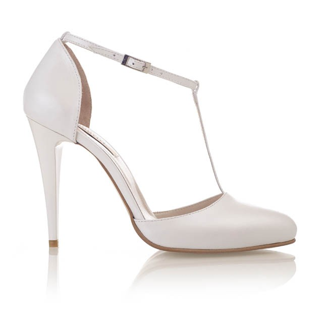 Pantofi din piele alba sidef