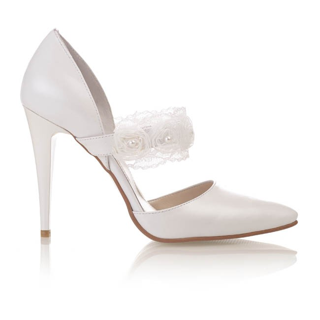 Pantofi din piele alba sidef cu dantela