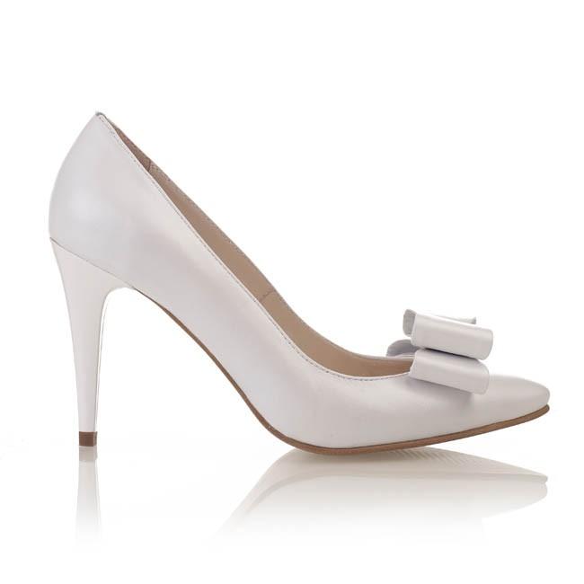 Pantofi din piele alba sidef 547