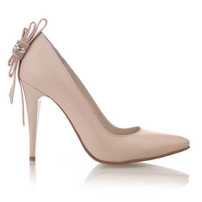 Pantofi din piele nude cu accesoriu strasuri